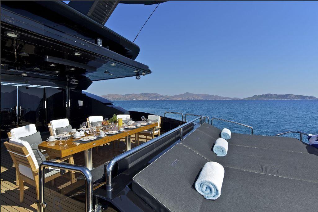 Golden Yachts 2011